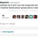 Uno dei tweet autocelebrativi di de Magistris