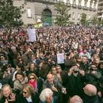 La manifestazione di protesta contro la pedonalizzazione del Lungomare. Cittadinanza Attiva in difesa di Napoli il 4 aprile 2013 portò in piazza migliaia di persone