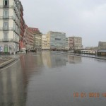 Via Partenope e Piazza Vittoria deserte e desolate