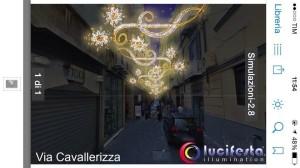 Prova delle luminarie installate a spese del Consorzio Chiaia